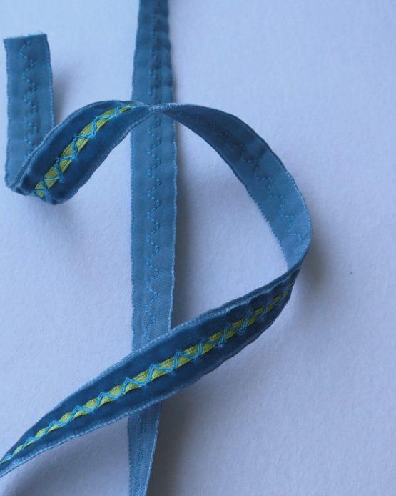 telas-divinas-cinta-terciopelo-alianza azul-telas-online