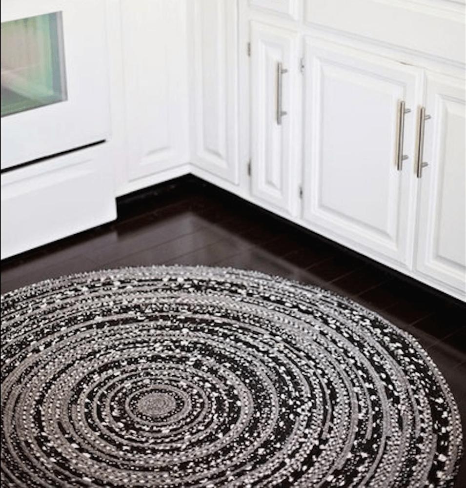Cómo hacer una alfombra de tela