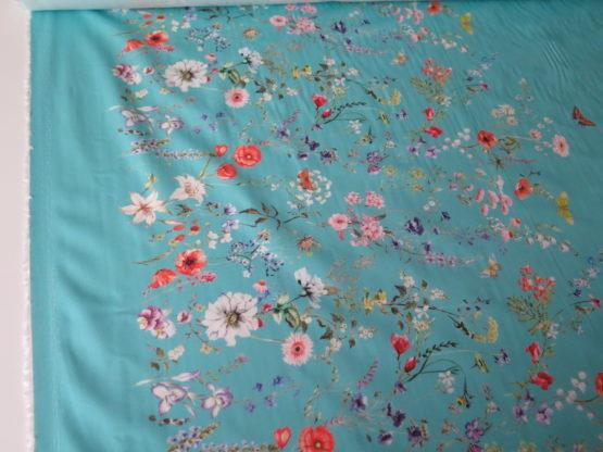 tela estampada greca floral