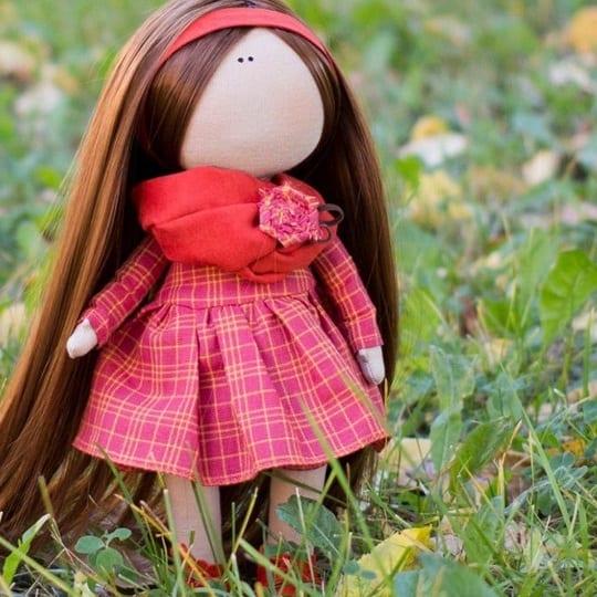 cómo hacer una muñeca de tela